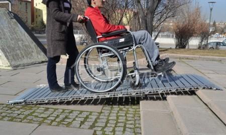 Rulo Rampa Güçlü Engelli Rampası Kullanımı